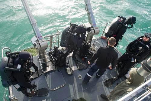 2014mchg009_181_bruno_planchais_marine_nationale_article_pleine_colonne