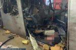 Un vagone della metro sventrato da un'esplosione nella stazione Maelbeek in una immagine ripresa da un autista e pubblicata sul profilo Twitter da Stib, la societ‡ di trasporti belga, 22 marzo 2016.   TWITTER +++ATTENZIONE LA FOTO NON PUO? ESSERE PUBBLICATA O RIPRODOTTA SENZA L?AUTORIZZAZIONE DELLA FONTE DI ORIGINE CUI SI RINVIA+++