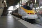 An idle high speed Eurostar train is seen at the Paris Gare du Nord train station after the suspension of rail traffic due to smoke coming out of the Channel tunnel January 17, 2015. The Channel Tunnel operator evacuated a shuttle train and closed the subsea crossing on Saturday due to a lorry fire, British police said, adding that there were no reported injuries.        REUTERS/Stephane Mahe (FRANCE  - Tags: TRANSPORT DISASTER) - RTR4LSYW