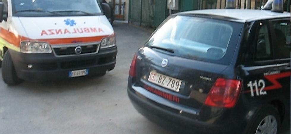 non-vuole-salire-sullambulanza-arrivano-i-carabinieri-560fac83f097e3