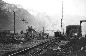 stazione_ala_tn_bombardata_inverno_1944-1945_01