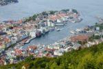 BERGEN 20000526: Bergen by, oversiktbilde med havnen, fotografert fra Fløyen. Foto: Cornelius Poppe / SCANPIX