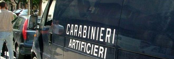 3297489_1429_carabinieri_artificieri_2.jpg.pagespeed.ce.5HRdNBO5oI
