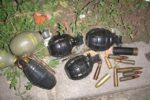 ?21.11.2012. U kanti na benzinskoj OMV-a u Ulici sv. Leopolda Bogdana Mandiæa pronaðene baèene ruène bombe i streljivo  Foto:PU OSJEÈKO-BARANJSKA ------ CRNA 2 ST
