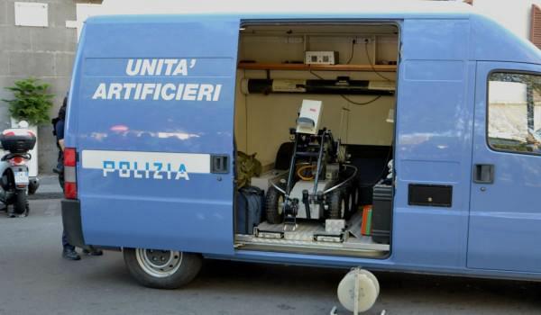 00-artificieri-polizia-600x350