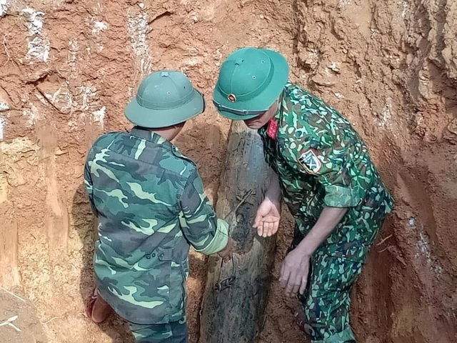 phat-hien-qua-bom-nang-230kg-con-sot-lai-sau-chien-tranh_1