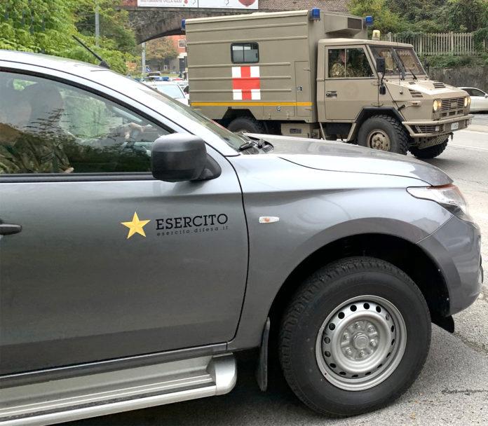 artificieri-e-ambulanca-696x608