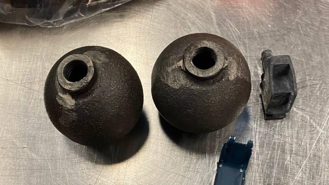 SEA grenades (200-01-03)