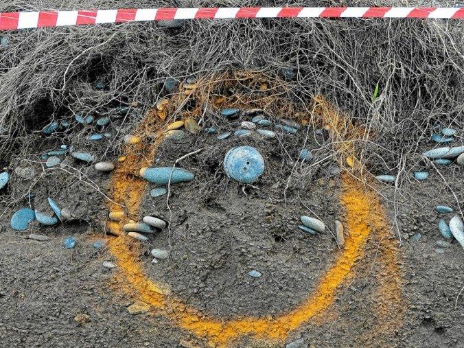 L'érosion du trait de côte a mis au jour un obus à Nantouar